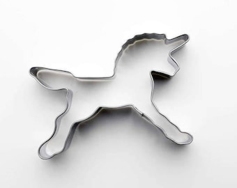 Unicorn Animal Cookie Cutter- Fondant Biscuit Mold - Pastry Baking Tool Set