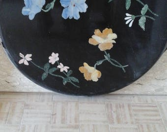 Marble table inlaid flowers