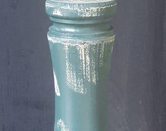 Turned Wood Rustic Williamsburg Table Lamp