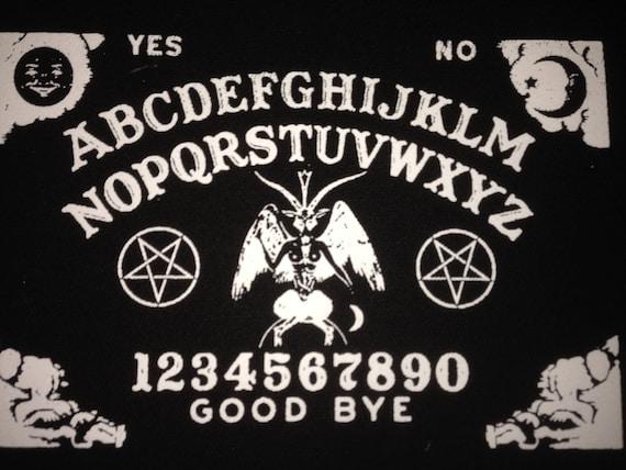 Satanic ouija board baphomet pentagram black canvas patch - La tavola di ouija ...