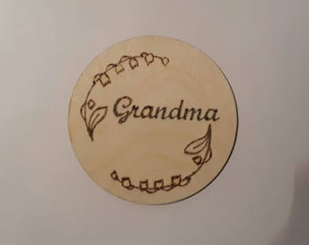 Personalised woodburning plaque with name and flowers - Mother's Day, Birthday Gift
