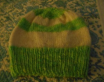 Hand knit knitted hand dyed hand spun home grown cormo and wool hat watchcap green natural white unisex men women beanie