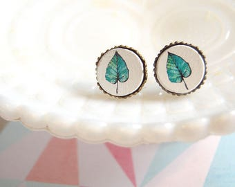 Modern Jungle jade green leaf framed post earrings- 15mm diameter- wooden cabochon