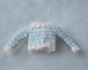 When baby green meet pale pink / striped mohair sweater for blythe dolls