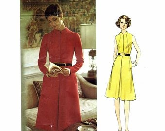 1970s Misses Fitted A-line Dress Mattli Vogue Couturier 2620 Vintage Sewing Pattern Size 12 Bust 34