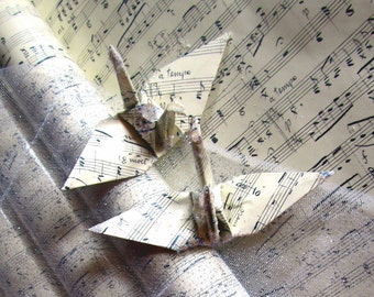 Classical Claude Music Peace Crane Bird Wedding Cake Topper Party Favor Origami Christmas Ornament Sheet Score Place Card Holder Ivory Grey