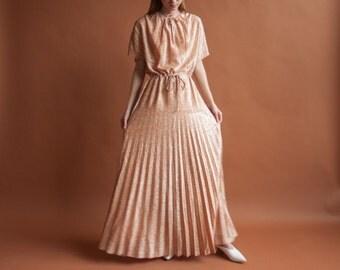 70s orange metallic pleated gown / floor length dress / gathered collar dress / m / 2131d / R2