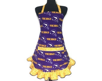 Minnesota Vikings Apron for women , adjustable with pocket , Purple and Gold apron ,  Football Helmets , Retro Kitchen Decor