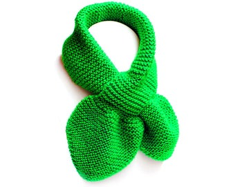 Kids Green Pull Thru Knit Scarf. Baby Toddler Keyhole Muffler 2 to 4 Years. Child's Winter Neck Warmer Wrap. Bow Tie Loop Scarf Ascot