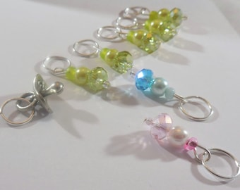 Exepectng to be Knitting stitch markers by AnniePurl