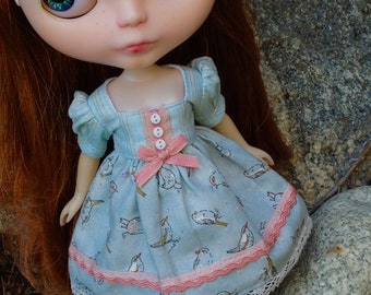 Sparrows - A Dress for Blythe