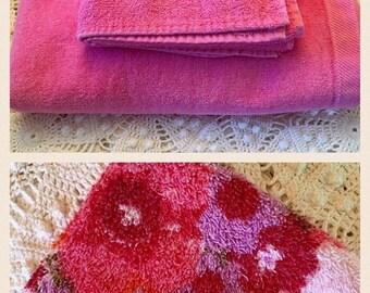 HOLIDAY SALE - Pink Bath Towel Set - Bubblegum Pink Towel Set - Cannon Bath Towel - Hand Towel - Washcloth - Retro Bathroom