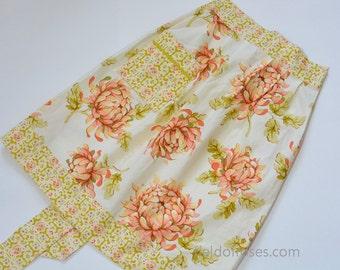 Special Floral Apron for Woman Hostess Apron Housewarming