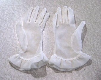 Vintage Sheer White Gloves ruffled cuffs extra-smallish to smallish short glove nylon | mori Lolita Burlesque regency