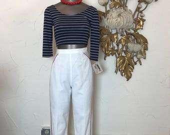 1950s pants cigarette pants white denim size x-small clam diggers high waist pants 23 waist vintage capris