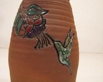 Hummingbird Vase ...                        A51