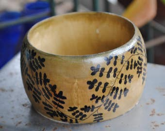 leafy Zentangled wrist bracelet