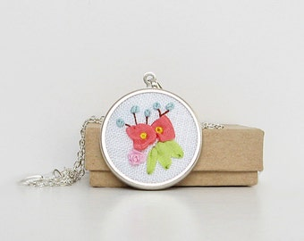 Flower necklace, pastel flower jewelry, embroidered silk pendant, floral necklace, botanical jewelry, round pendant with chain