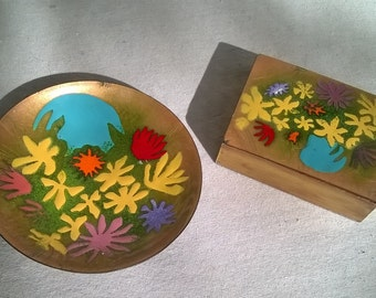 Bovano of Cheshire Conn, Small Trinket or Cigarette Box and Trinket Dish, Set , Mod Floral, 60s, Not Perfect, but Still Fun and Funky Decor
