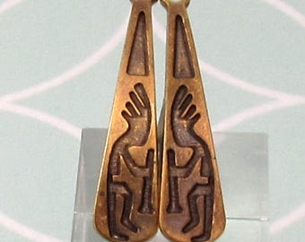 Kokopelli Teardrops, Antique Brass, Greek Casting, 1 Pair, M521
