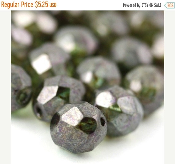 50% OFF SALE Czech Glass Beads Fire Polished Faceted Rounds 8mm Luster Transparent Green (25) CZF200