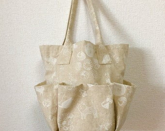 Round Bag / Tote Bag / Drawsting Bag  --- Modest Cat