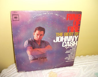 Ring of Fire Best of Johnny Cash Vinyl Record Album NEAR MINT condition