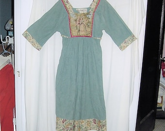 Vintage 70s Young Edwardians Teal hippie Dress 13 Tapestry Front
