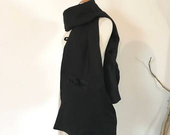 black linen pouch scarf ready to wear / linen scarf / linen shawl / women accessories / Asian inspired scarf / scarf with pouches / scarf