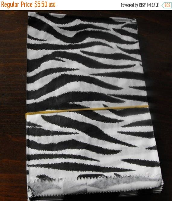 Spring Sale 10% off 100 Pack 5 X 7 Inch Black and White Zebra or Tiger Striped Flat Paper Merchandise Bags
