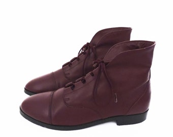 90's BURGUNDY leather ankle boots // lace up cuff boots // vintage oxford booties // women's size 6
