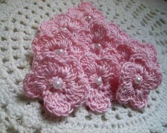 Crochet Mini Flowers set of 10 in Pink