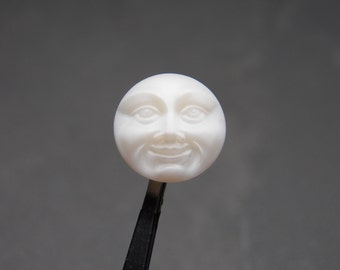 Matte White 18mm Glass Button with Man in the Moon Design (1)  078