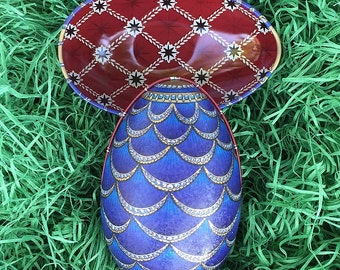 "Tin Egg Blue Jeweled Scallop Egg Metal Easter Tin ~ 4-1/4"" tall ~ Old Store Stock TEG-R-11"
