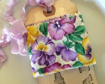 Pansies galore vintage trim - Vintage pansy fabric