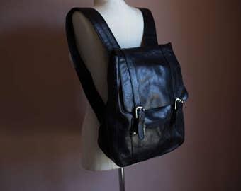 Vintage 90s Black Genuine Leather Large Backpack // GRUNGE REVIVAL small school bag BTS