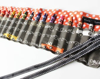 Race Car Crayon Holder-Race Car Crayon Roll Up-Boy Crayon Organizer-Boy Easter Basket Gift-Kids Travel Toy-Crayon Keeper-Race Car Party Gift