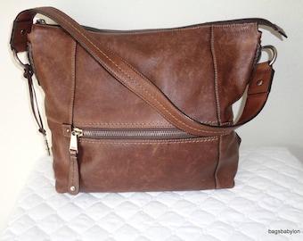Fossil large bag, tote, shoulder bag genuine  brown thick sunwashed  leather , bucket bag ,satchel , work bag , vintage w lots of character