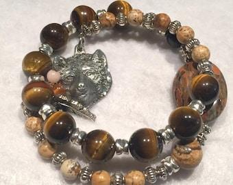 Wolf bracelet with tiger eye beads