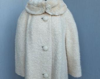 Vintage 1950s/60s Coat, Mohair Coat, Creamy White Full Length Coat w/Fur Collar, Winter Coat, Ex Large