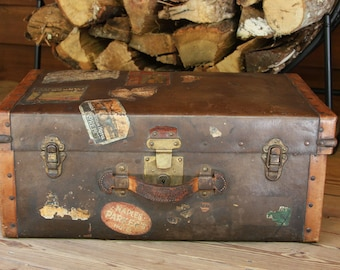 Vintage LEATHER TRUNK- World Travel- Steamer Trunk- Warrens Leather Goods- Riveted Sides- Old Stickers- Suitcase