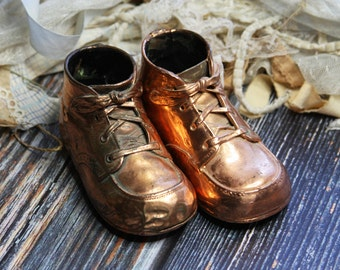 Bronzed BABY SHOES- Copper Dipped Shoes- Childhood Keepsake- Vintage Child Momento- Nursery Decor- G27