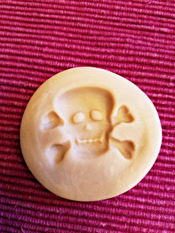 skull cross bones mold clay mold push mold halloween skeleton goth pendant 38mm x 30mm jewelry findings supplies