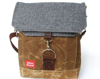 Waxed Canvas Satchel / Grey Speck Vintage with Oiled Leather Closure