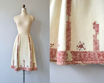 Rhodope skirt | vintage 1950s Balkan skirt | folk embroidered 50s skirt