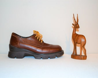 Vintage Shoes Chunky Bass Oxfords
