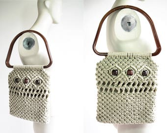 Vintage 1970's Beige Woven Bag with Brown Wood Beads and Large Handle