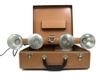 Mov-E-Lite Light Set Chicago Acme Company Vintage Movie Camera Photography Lights in Metal Case Industrial Mid Century Works