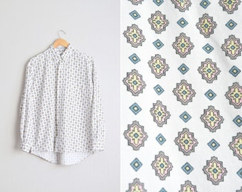 Size M // PATTERNED BUTTON-UP // White - Long Sleeve Oxford Shirt - Vintage '90s.