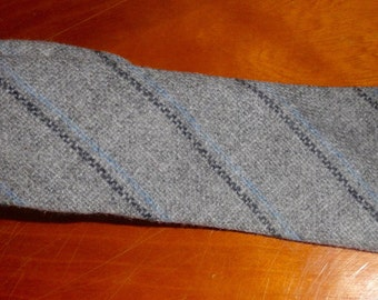 Vintage Kincora Tweeds skinny wool tie gray blue black made in Ireland